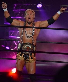 Togi_Makabe_NEVER_Openweight_Champion.JPG